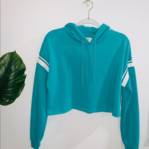 🦋 4/$30 Cropped Aqua Hoodie With White Stripes